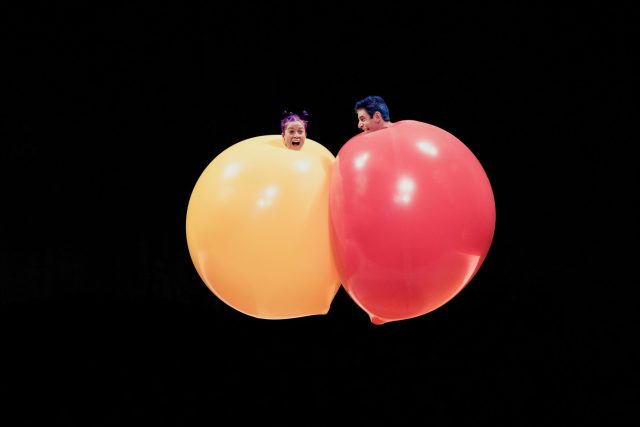 Acrobuffos – Air play Theaterseizoen 2019-2020
