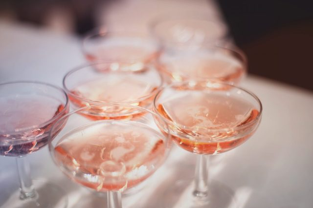Shutterstock - Champagne