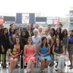 Mc Donald's entrega becas HACER a estudiantes latinos de NJ y NY