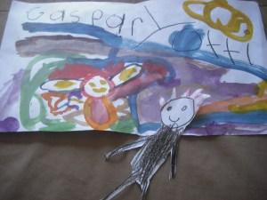 Martes con Mamá: Entre dinosaurios y papeles, actividades con un hijo a la vez