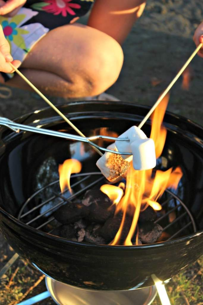 smores grilling