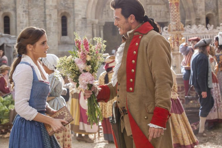 the beauty and the beast, gaston, bella, disney, movie, película