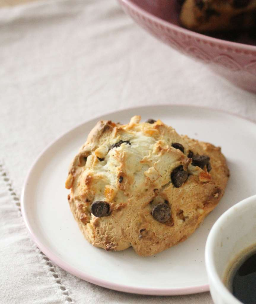 scone chocolat noir et orange-min