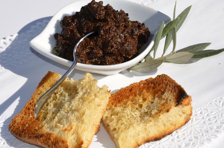 tapenade-d-olives-noires-mamie-paulette