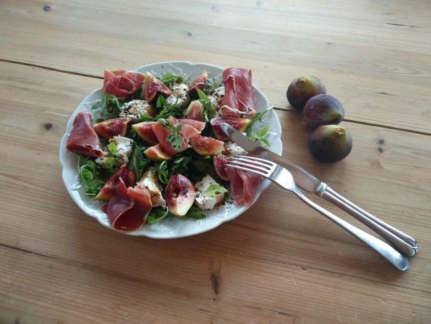 salade d'automne au figues et jambon cru