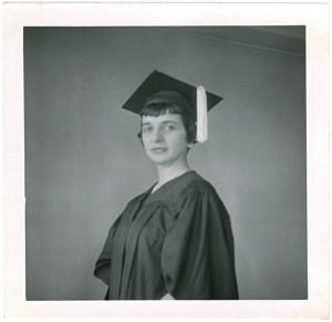 Ursula Mamlok mit Masterabschluss