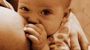Neonati come si vivono i primi mesi da genitore 1 300x168 - Neonati: come si vivono i primi mesi da genitore?
