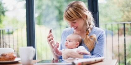mamme digital usano app per tutto 300x150 - App per le mamme: la tecnologia ti da una mano