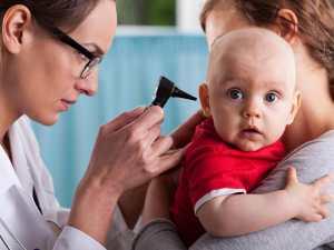 Come riconoscere l'otite nel neonato