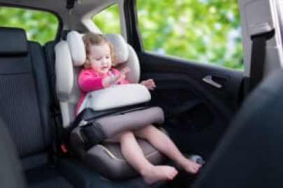 Viaggiare con i bambini: cosa portare e consigli per la sicurezza