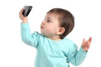 Sindrome dell'occhio secco nei bambini: attenzione ai tablet