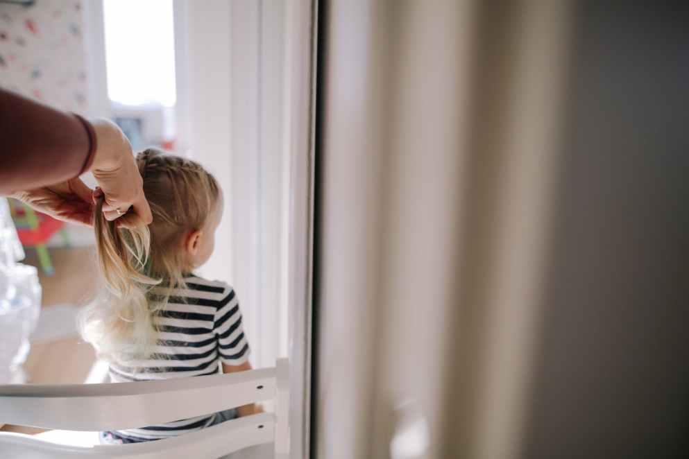 Le sfide quotidiane di una mamma con ironia