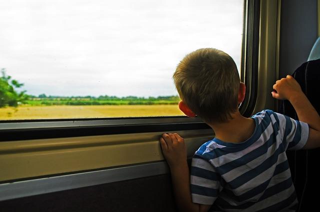 Viaggiare in treno con i bambini