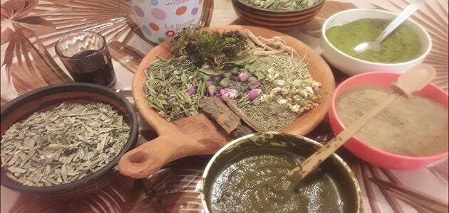 طريقة عمل الحنة الحمراء بالأعشاب في المنزل ماميتو