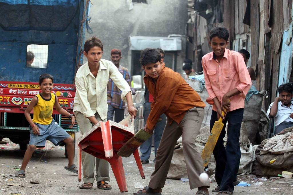 Dharavi cricket photo as seen in ManAboutWorld gay travel magazine