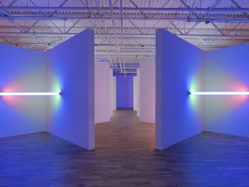 dan flavin cornered fluorescent light