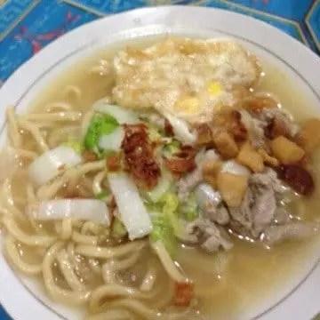 bakmie enak di Manado