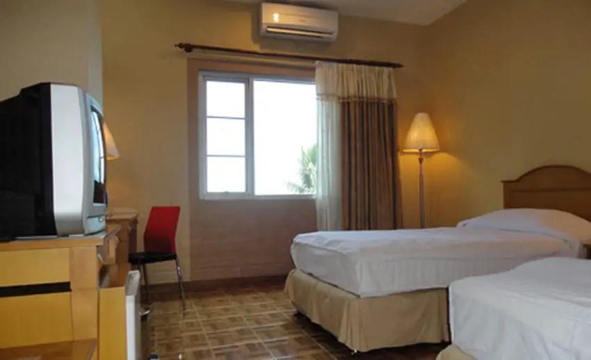 kamar standard hotel formosa manado