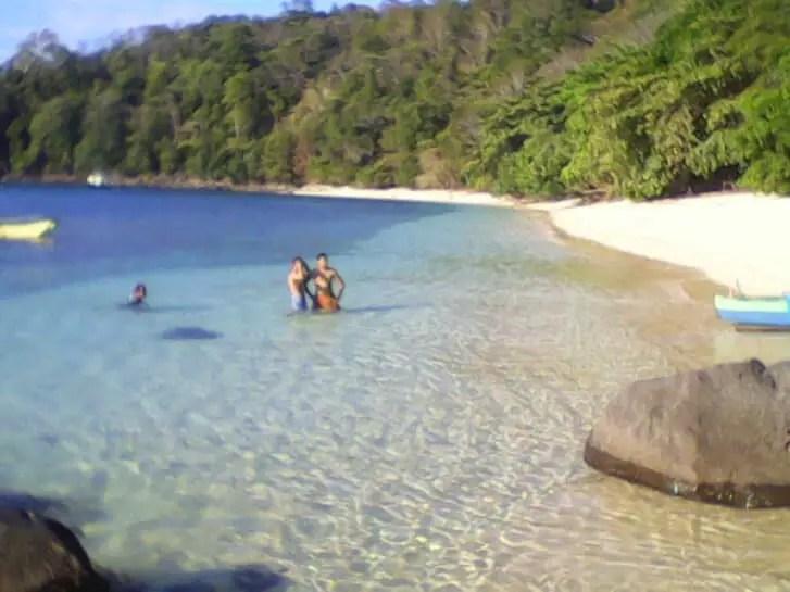 Wisata Pantai Pulisan Manado