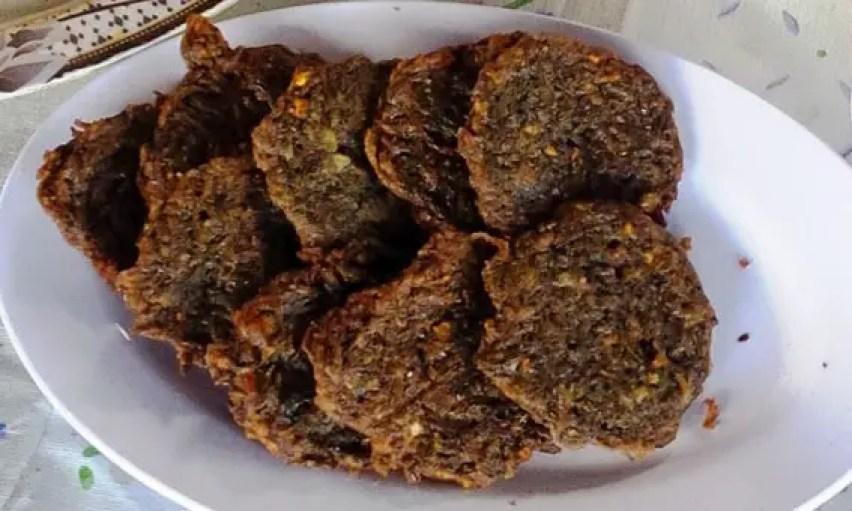 perkedel nike, makanan khas manado