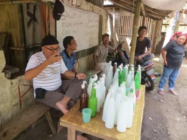 saguer minuman khas manado adalah oleh-oleh manado halal