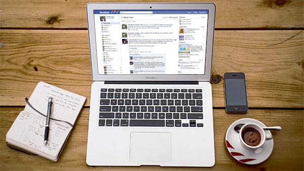 noutati-facebook-news-feed