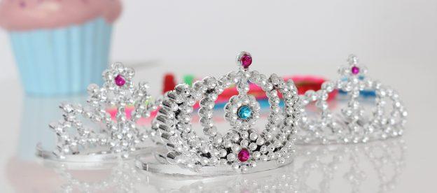 """De niña a """"mujer"""", un vistazo a los concursos infantiles de belleza"""