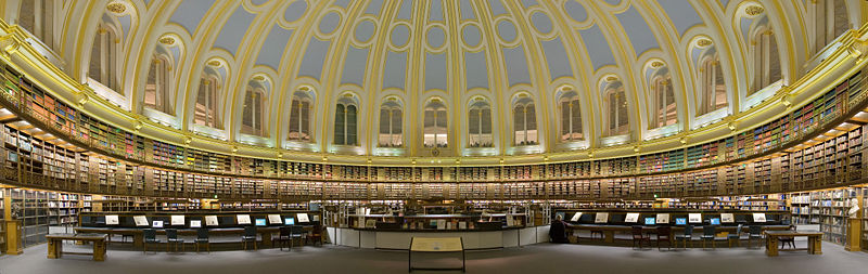 The British Museum Reading Room. A panorama of 2x5 segments. By Diliff. CC BY SA 3.0.