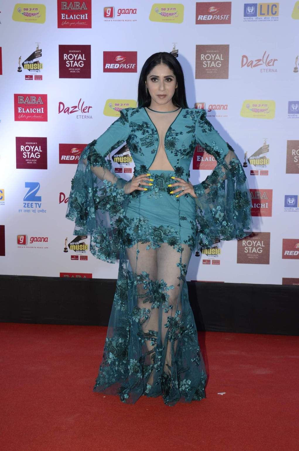 mirchi music HOT Celebs Dazzle At Mirchi Music Awards Event | Models | Actresses Radio Mirchi Awards Red Carpet 7