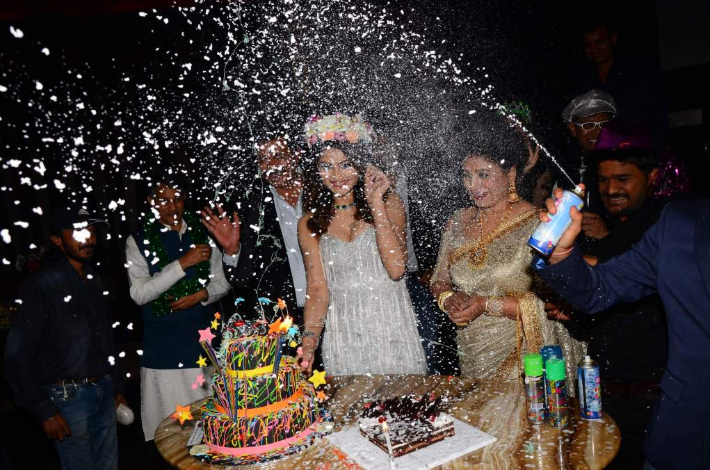 urvashi rautela Brand New Pics Of Beautiful Urvashi Rautela    Miss Diva   Miss Universe Urvashi Rautela Birthday 47