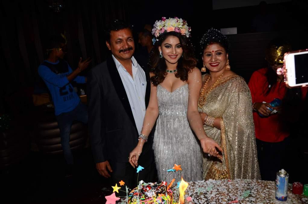 urvashi rautela Brand New Pics Of Beautiful Urvashi Rautela    Miss Diva   Miss Universe Urvashi Rautela Birthday 50