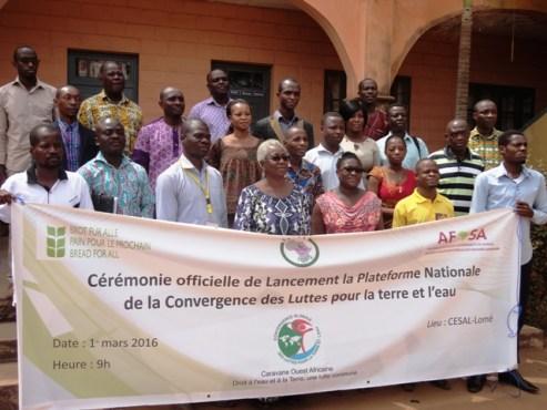 Plateforme eau terre - La Plateforme  nationale de la Convergence globale des luttes pour la terre et l'eau du Togo est lancée!