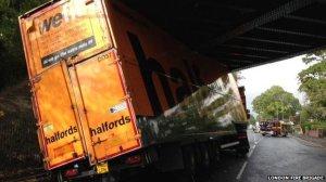 lorry-bridge