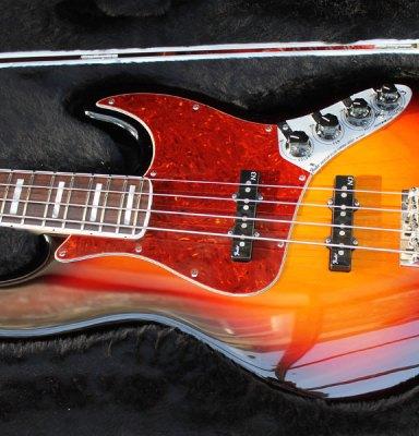 Fender USA Deluxe Jazz Bass pickguard