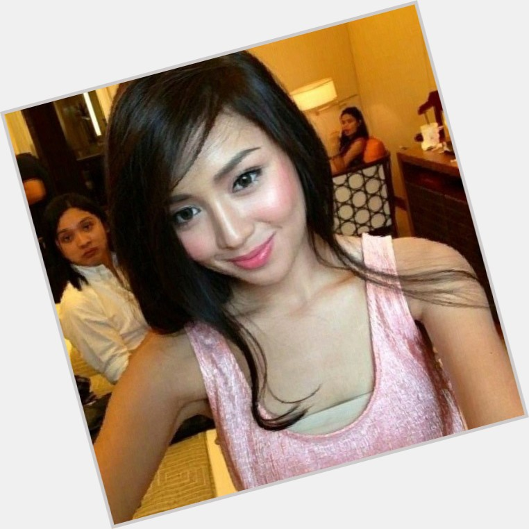 Kathryn Bernardo Official Site For Woman Crush Wednesday