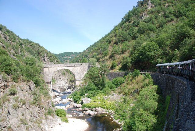 Train de l'Ardèche Georges de Doux