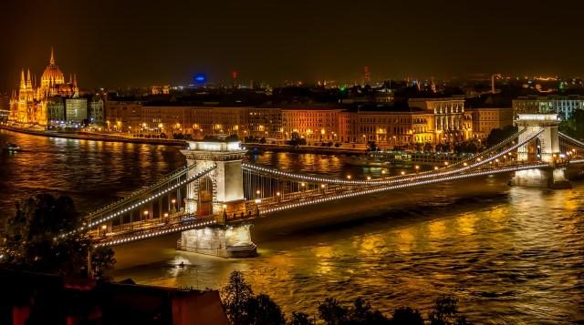 Danube bridge Budapest at night