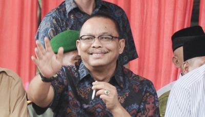 Almarhum H. Samad Lubis,SE