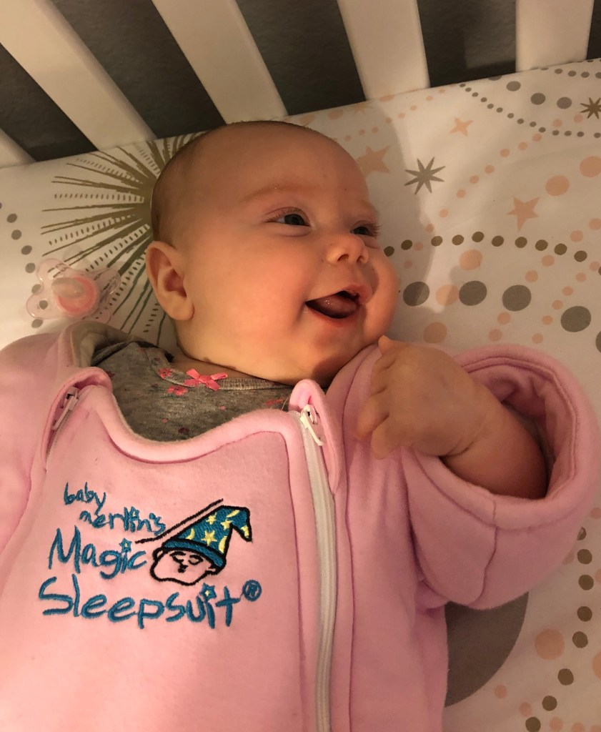 Identical Twins Monthly Update - Four Months Old - www.mandamorgan.com