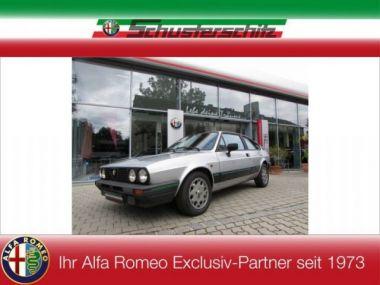 NOUVEAU +++ Alfa Romeo Véhicule ancien: Alfa Romeo Alfasud Sprint 1,5 Quadrifoglio Verde QV für 14950 € +++ Les meilleures offres | Berline, 84880 km, 1983, Essence, 105 CV, Gris | 133304192 | auto.de