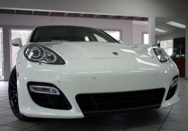 NOUVEAU +++ Porsche Voiture d'occasion: Porsche Panamera Turbo für 44990 € +++ Les meilleures offres | Berline, 29000 km, 2011, Essence, 540 CV, Blanc | 137631896 | auto.de