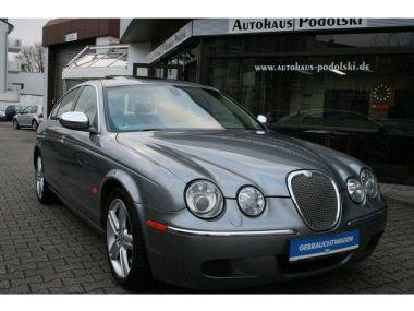 NOUVEAU +++ Jaguar Voiture d'occasion: Jaguar E-Type S-Type 2.7D Executive | Schckheft | Ganz für 7990 € +++ Les meilleures offres | Berline, 361933 km, 2007, Diesel, 207 CV, Gris | 131368680 | auto.de