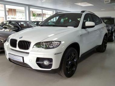 NOUVEAU +++ BMW Voiture d'occasion: BMW X6 xDrive30d Navi 1.Hand Kamera 20 Finanzie für 38850 € +++ Les meilleures offres | 4x4, 89800 km, 2012, Diesel, 245 CV, Blanc | 135609004 | auto.de