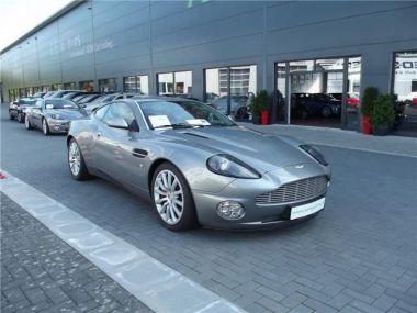 NOUVEAU +++ Aston Martin Voiture d'occasion: Aston Martin Vanquish 469 PS. die Nr 715 von 850 von Hand geba für 99800 € +++ Les meilleures offres | Coupé, 23680 km, 2003, Essence, 469 CV, Gris | 128952387 | auto.de