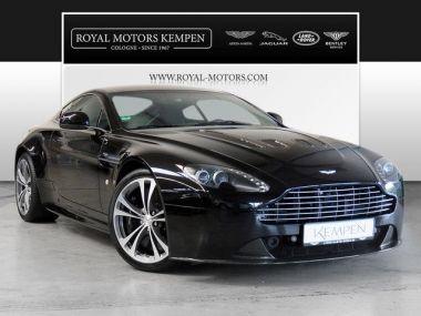NOUVEAU +++ Aston Martin Voiture d'occasion: Aston Martin Vantage V12  Coupe für 119000 € +++ Les meilleures offres | Coupé, 34863 km, 2010, Essence, 517 CV, Noir | 136135133 | auto.de