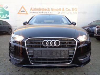 NOUVEAU +++ Audi Voiture d'occasion: Audi A3 2.0 TDI 6-Gang S-Line Navi DVD/SHZ/PDC für 14950 € +++ Les meilleures offres | Berline, 145700 km, 2012, Diesel, 150 CV, Noir | 137922767 | auto.de