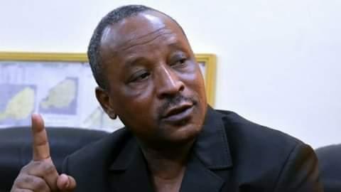 Le ministre des Affaires étrangères nigérien, Hassoumi Massaoudou, au Mali, pour la Cédéao, sur RFI, « les élections sont notre priorité ».