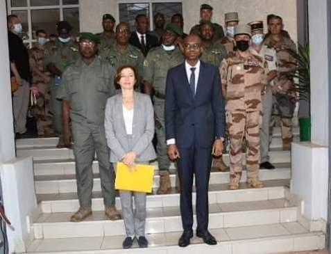 VISITE DU MINISTRE DES ARMÉES FRANÇAISES FLORENCE PARLY.« La France ne quittera pas le Mali et reste déterminée dans la lutte contre le terrorisme » dixit le ministre français des Armées