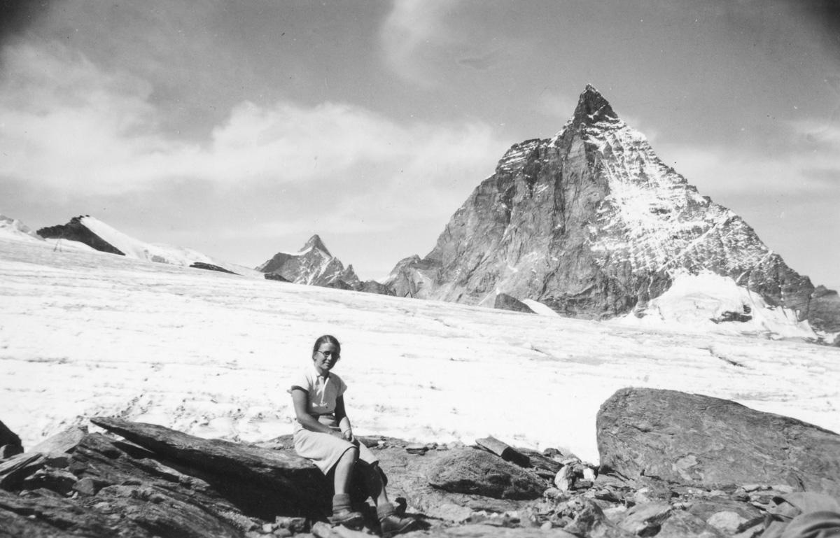 Glacier du Théodule, Dent d'Hérens et Cervin le 8 septembre 1945