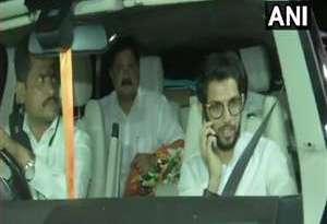 भगवा पर चढ़ा कांग्रेसी रंग, NCP और कांग्रेस के समर्थन से महाराष्ट्र में शिवसेना की सरकार
